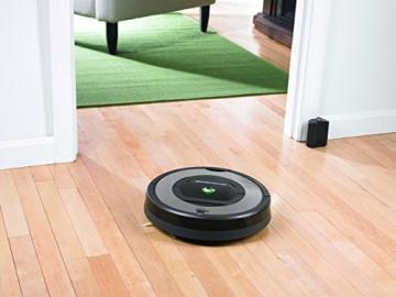 iRobot Roomba 772 Staubsaug-Roboter (1 Virtuelle Wand/ Dirt Detect Serie 2) silber/schwarz -